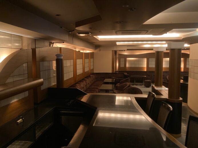 歌舞伎町区役所通り沿い リース店舗29坪